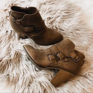 Shoes - Tan Heeled Ankle Boots